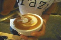 Файл:Latte art flower - 01.ogv