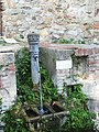 Lavatoio Castelnuovo Magra fontana.jpg