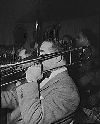 Lawrence Brown (jazz trombonist) - Lawrence Brown in Duke Ellington's orchestra (1943)