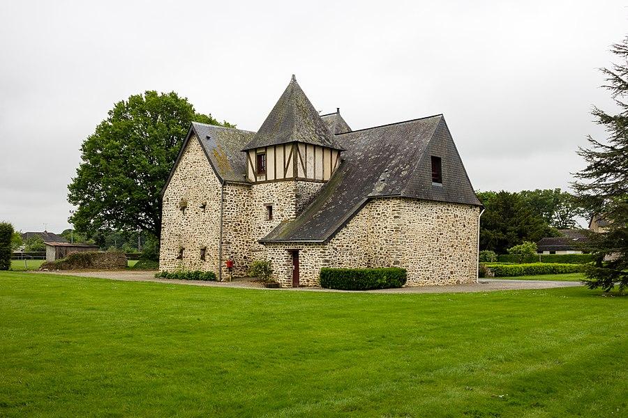 Français:  Le Prieuré à La Rouaudière (France).