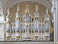 Le grand orgue de la cathédrale de Vilnius (7662552140).jpg