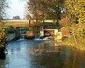 Les vestiges du moulin de Bihécourt sur l'Omignon.jpg
