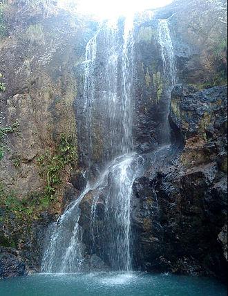 Ecotourism - Llano del Muerto waterfall in El Salvador