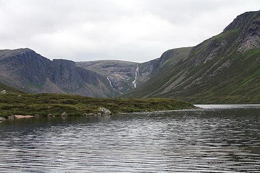 Loch Avon-Loch A'an - geograph.org.uk - 2021349