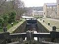 Lock 18 - Rochdale Canal - Union Street South - geograph.org.uk - 1201319.jpg