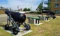 London-Woolwich, Royal Arsenal, James Clavell Square, cannons 03.jpg