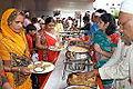 Lunch Distribution - Rawatpura Sarkar Ashram - Chitrakoot - Satna 2014-07-05 6419.JPG