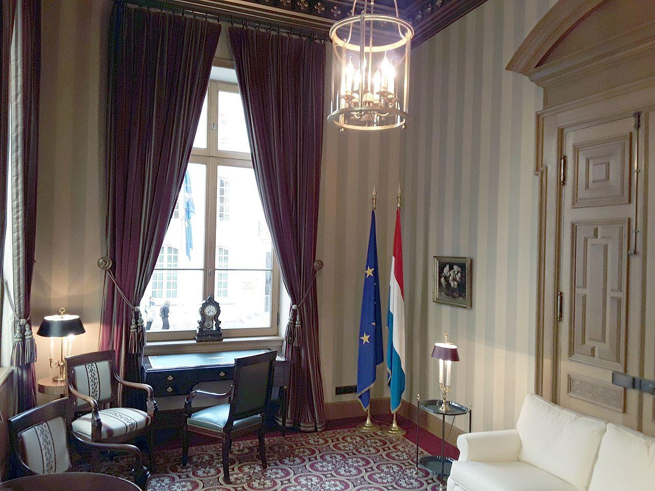 Fichier luxembourg chambre des d put s int rieur 01 - Chambre departementale des notaires 29 ...