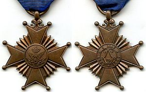 Commemorative Decoration of the 50th Anniversary of the Creation of the Railroads - Obverse (left) and reverse (right) of the medal