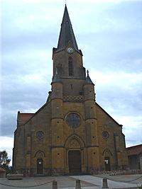 Mably (Loire), l'église.JPG