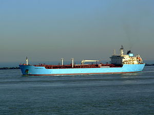Maersk Rosyth p1 11feb2008 Rotterdam leaving Port of Rotterdam, Holland 11-Feb-2008.jpg