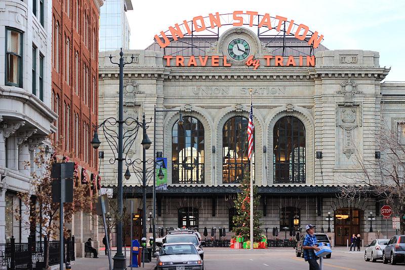 Main Facade of Denver Union Station, December 2014.jpg