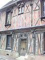 Maison de bois Saint-Julien-du-Sault.jpg