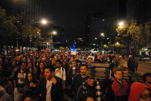 Manifestación PGR al Zocalo - 43 desaparecidos