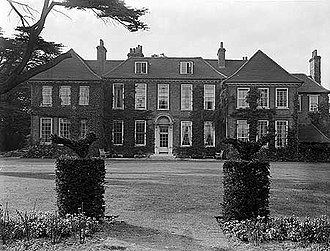 Edmund de Unger - The 18th century Manor House in Ham, Surrey that became the home to the Keir Collection