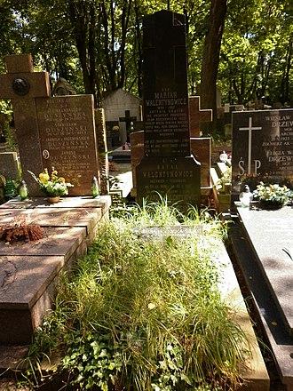 Marian Walentynowicz - Grave of Marian Walentynowicz at Powązkowski Cemetery Warsaw