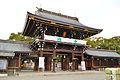 Masumida-jinja (Ichinomiya) roumon.JPG