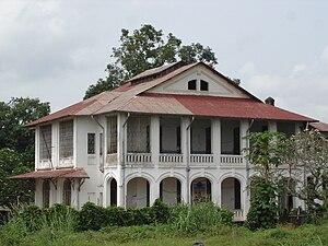 Mbandaka: Mbandaka koloniale architectuur Banque du Congo belge