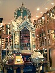 Mechitaristen Wien Bibliothek.jpg