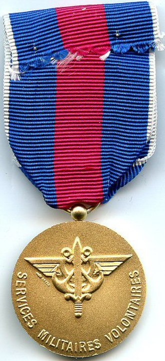 Medal for voluntary military service - Image: Medaille des Services Militaires Volontaires Or revers