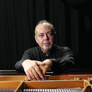 David Ezra Okonşar Belgian musician