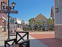 Merrimack Premium Outlets shopping center