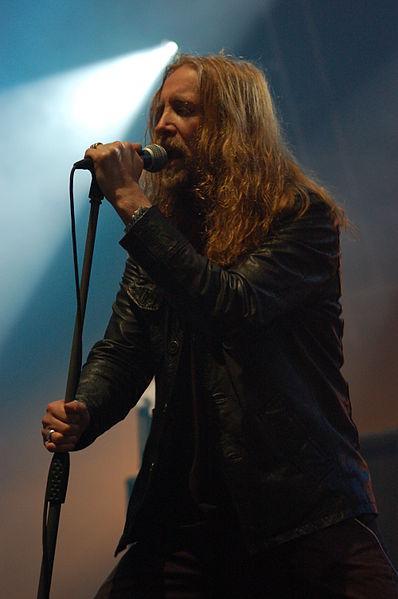 Image:Metalmania 2007 - Paradise Lost - Nick Holmes 02.jpg