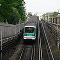 Metro 5 vers St Marcel p1220615.jpg