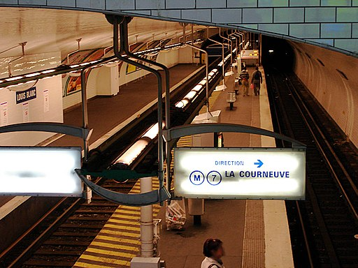 Metro de Paris - Ligne 7 - Louis Blanc 03