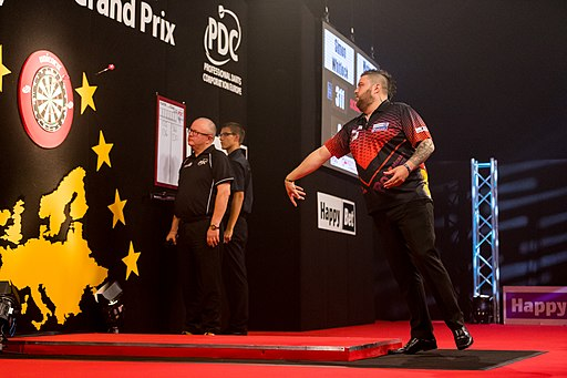 Michael Smith - 2017253200710 2017-09-10 PDC German Darts Grand Prix (GDGP) - Sven - 1D X MK II - 0637 - AK8I5291