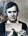 Michel Vaucher faisant la promotion de son livre Les Alpes Valaisannes.jpg