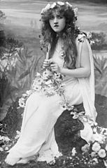 Mignon Nevada as Ophelia in Ambroise Thomas's opera, Hamlet, c. 1910