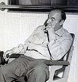 Moniz Bandeira e Pablo Neruda new.JPG