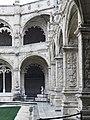 Mosteiro dos jerônimos (26564318387).jpg