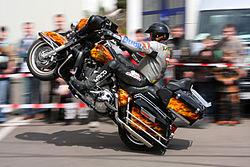 Motorcycle stunt Schwarz 2 amk.jpg