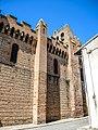 Muraille sud de l'église de Venerque.jpg