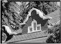 NORTHEAST FRONT, DETAIL OF CENTER GABLE - Portola Valley School, 775 Portola Road, Portola Valley, San Mateo County, CA HABS CAL,41-PORVA,3-3.tif