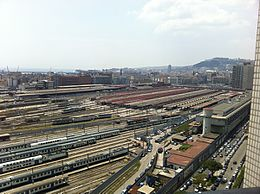 Napoli Centrale railway station (aerial view).jpg