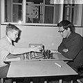Nationaal Jeugdschaaktoernooi H Ree met de 12-jarig Jan Timman (links) achter h, Bestanddeelnr 916-2617.jpg