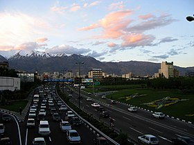 Near Sunset at end of 2006 Spring In Modaress Highway, Tehran - panoramio - Behrooz Rezvani (1)