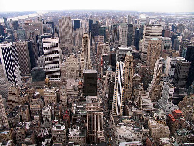 Pohled na New York, Wikipedia.cs