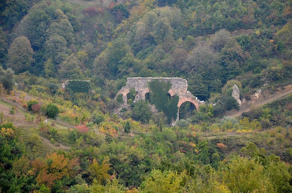 Nicomedia Aqueduct, Izmit, Turkey (39171950052)