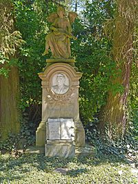 Nordfriedhof-Wiesbaden-2016-WI-Ferdinand-Moehring-848.jpg