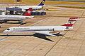 OE-LMM MD-87 Austrian LHR 15AUG00 (6774008778).jpg