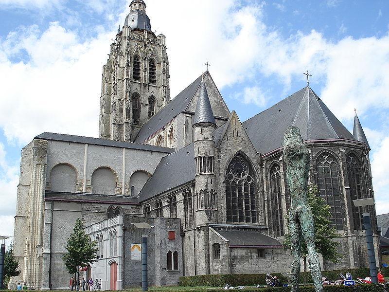 800px-Oudenaarde_Sint-Walburgakerk3.JPG
