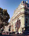 P1060410 Paris XVII place du Général-Catroux n°8 et suivants rwk.JPG