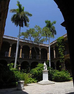 Palacio de los Capitanes Generales - The galleried upper storey of the Palacio de los Capitanes Generales looks down onto a central courtyard.