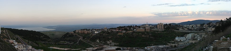Panorama Safed צפת (Sea of Galilee in the background)