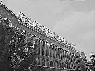 Parke-Davis - Parke Davis Administration Building in 1943