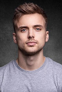 Parry Glasspool English actor
